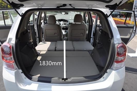 后排座位全部放倒后形成的1830mm的长度